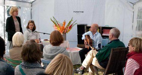 Lesung mit Patricia Paweletz – PUNKTUM, Musik: Hinrich Dagefoer