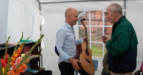 Hinrich Dagefoer im Gespräch über seine Gitarre