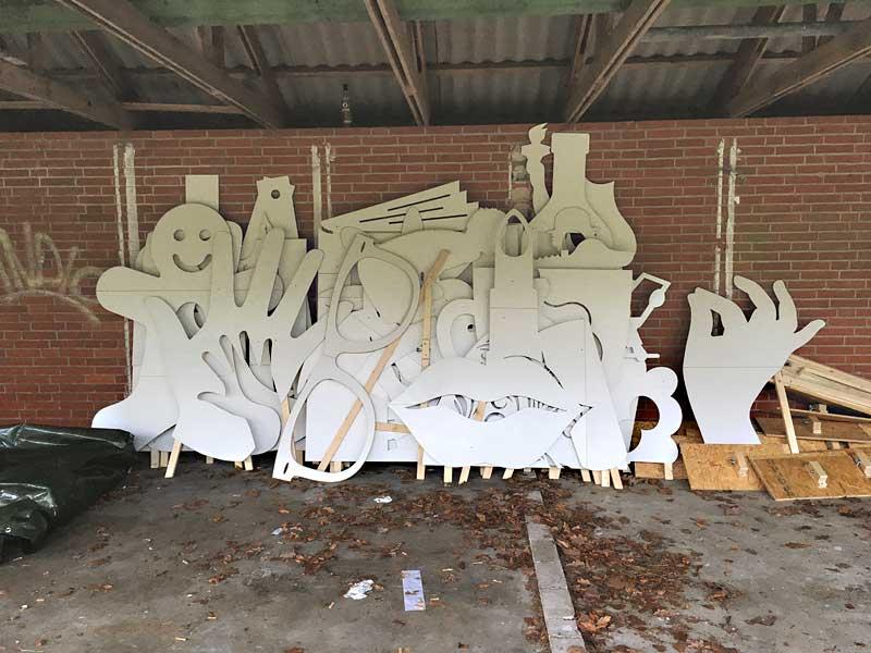 SELFIE-Figuren vor dem Aufbau - KUNST-stückchen 2017