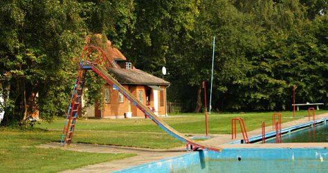 Garlstorfer Schwimmbad aus 2006