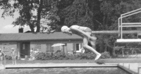 Sprung vom Einer, Garlstorfer Schwimmbad, Foto: Kathrin Schröder