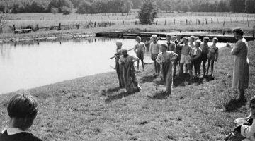 Sackhüpfen Ende der 1950er, Foto: Dieter-Schlaphof