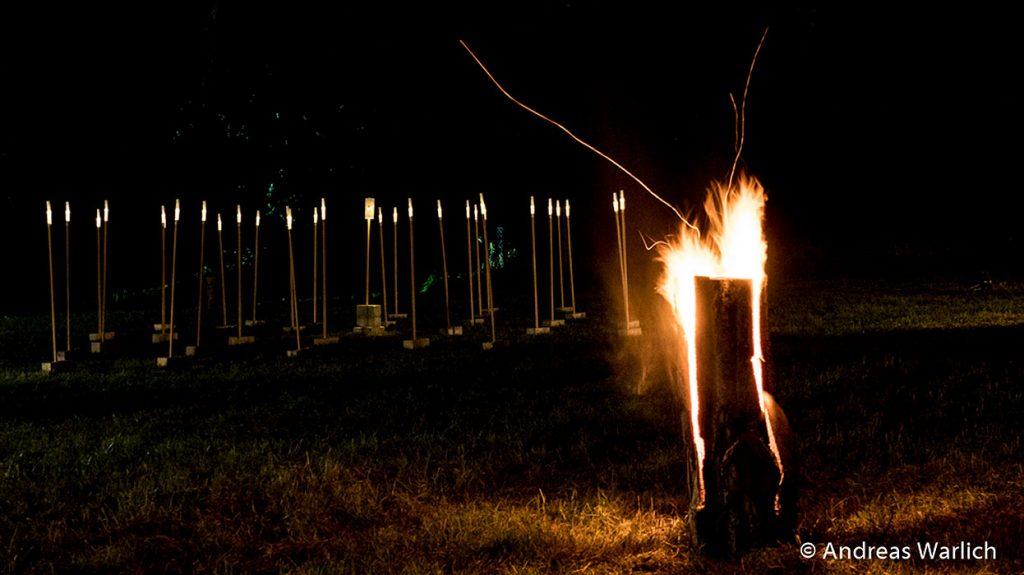 schwedenfeuer-und-lichtgestalten